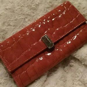 Liz Claiborne wallet -orange -imitation crocodile